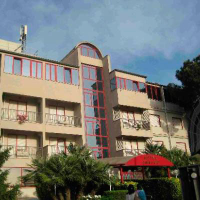 Hotel Jonico, a las afueras de Roma