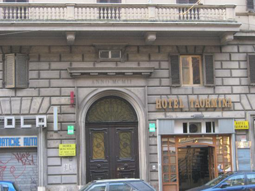 Alojamiento en el centro de Roma en el Hotel Taormina