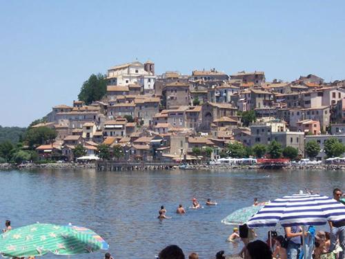 Lago Bracciano, naturaleza e historia